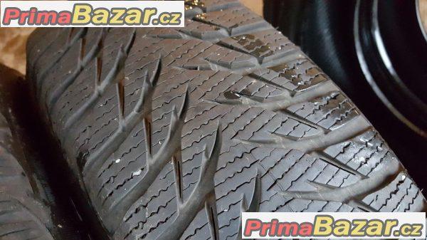 2x pneu Goodyear UltraGrip  8 zet  185/65 r15 88T 11 zet