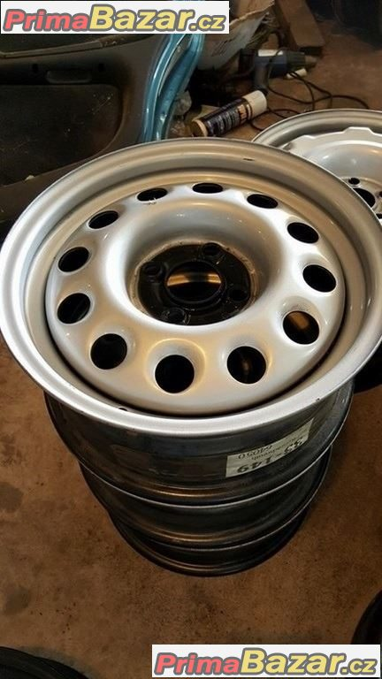 3x nový nepoužitý plechové disky  VW 4x100 6jx14 et38