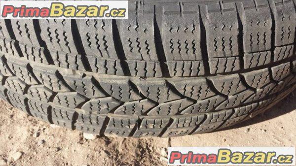 Bmw 5x120 7jx15 et pneu 195/65 r15 95T