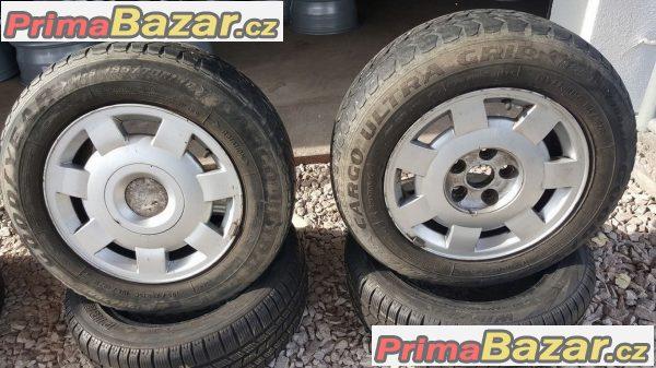 Volkswagen T4 7D0601025 pneu Good Year G26 195/70 r15C 104/102R