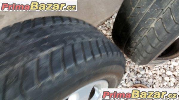 GM 4x100 6jx15 et49 pneu Toyo 195/65 r1