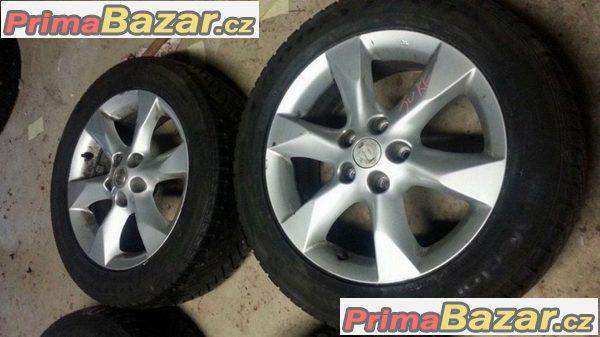 Nissan 5x114.3 7jx17 et40