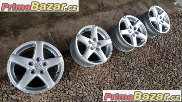 Mazda 5x114.3 7jx15 et42                            r15