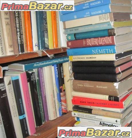 Prodám velmi levně 2 000 knih,