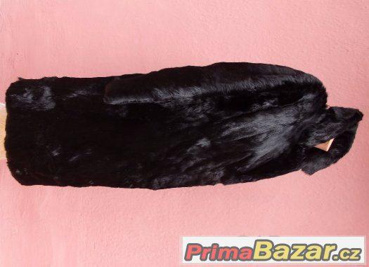 dámský kabát černý z králíka