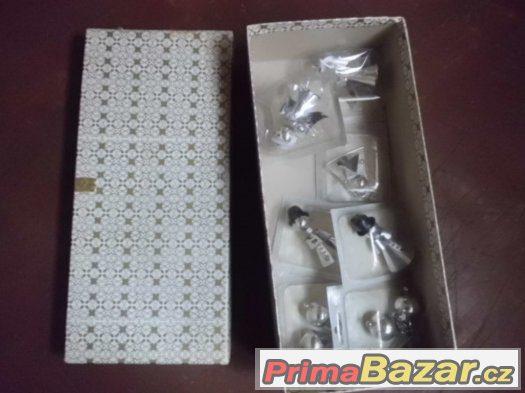 Krásné staré Vánoční ozdoby v krabičkách- nikdy nepoužité