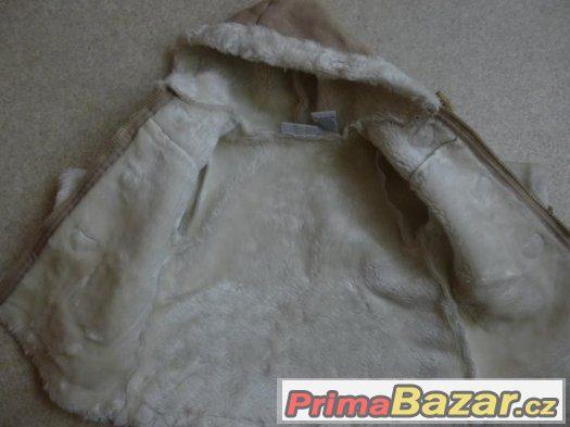 nádherný kabátek
