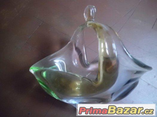 pěkná stará  miska - košíček Hutní sklo- barevný