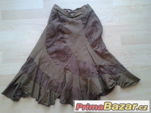 Zvonová sukně velikosti XS/S