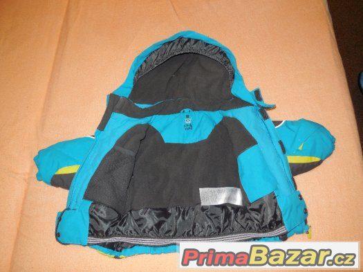 Krásná zimní bunda