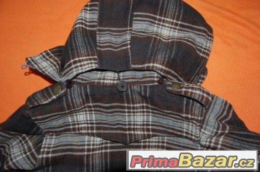 Teplý kabátek, 3 roky - oprava zipu
