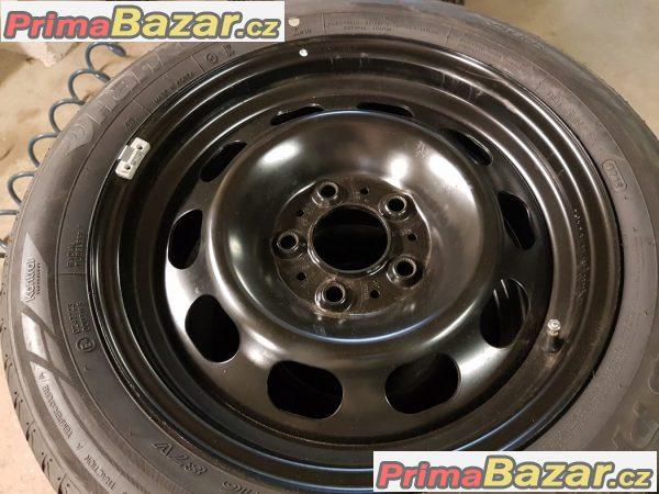 nová sada plechové disky s nové pneu BMW 6787929 5x120 6.5jx16 is33