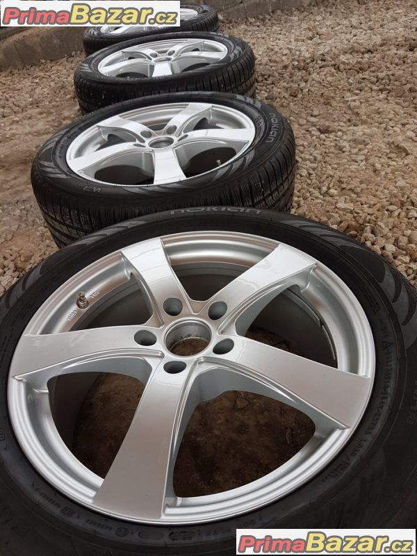 zánovní sada BMW T5 germ s pneu 5x120 8jx18 et45