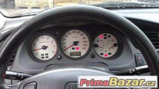 Honda Accord na náhradní díly 6 generace rv. 2001