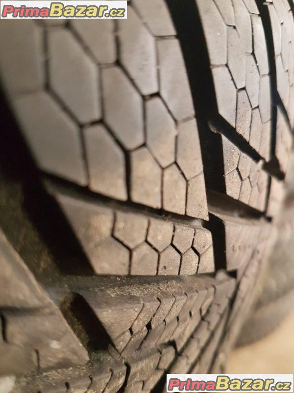plechove disky Škoda Fabia s pneu Continental ts800 5x100 6jx15 et43 pneu 185/60 r15 84