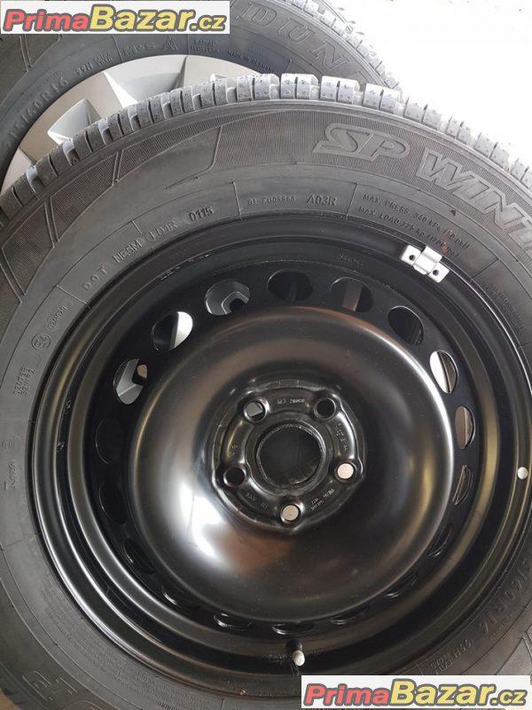 nová, nepoužitá sada plechové disky s novou pneu a nove poklice VW 561601027 5x112 6.5jx16 et44