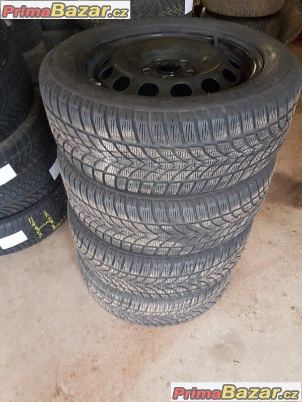 plechové disky VW s pneu Dunlop 4D 13 5Q0601027  AG 5x112 6jx16 et48 pneu 205/55 r16 91h