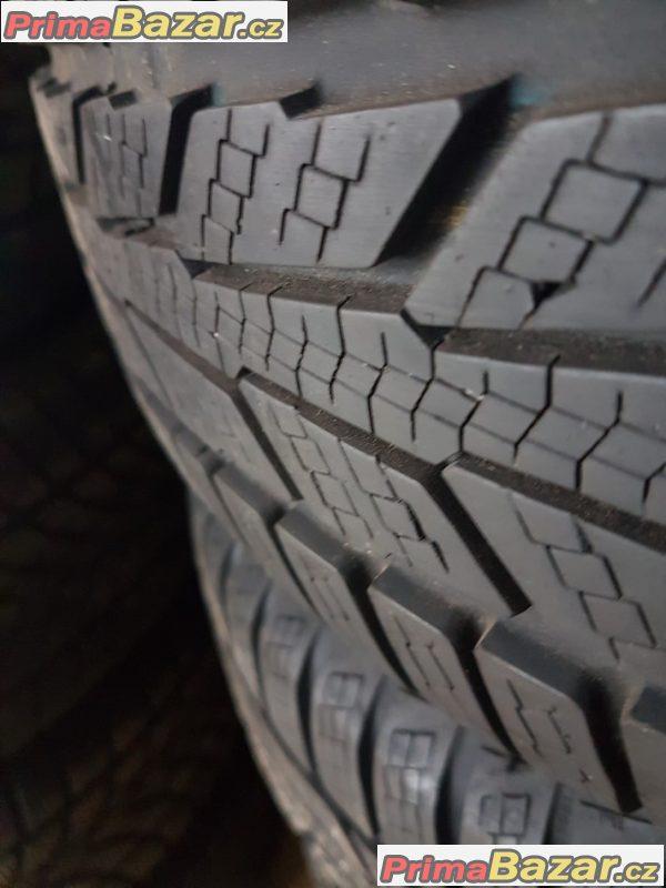 plechové disky VW s pneu Semperit speed 1K0601027 t 5x112 6jx15 et47