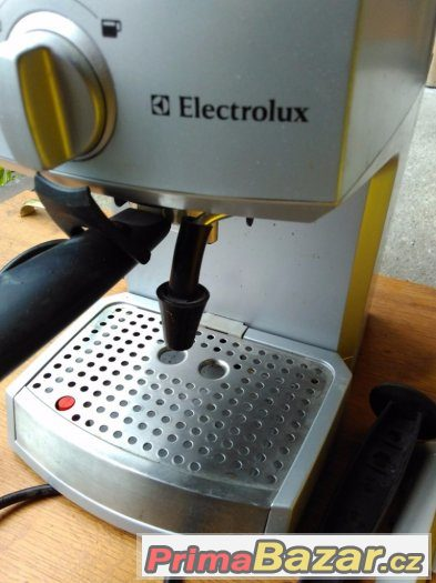 Kávovar Electrolux