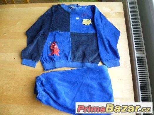 dětské pyžamo, 3 - 5 let