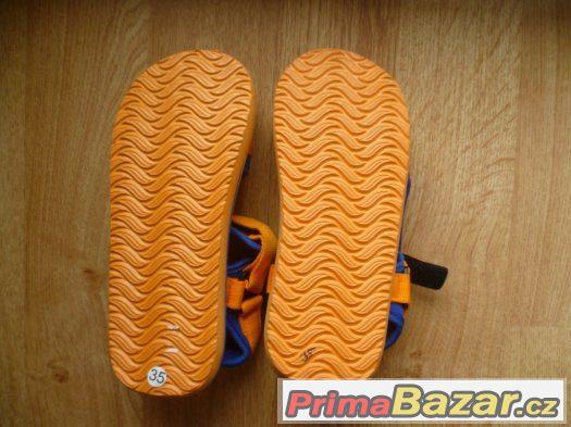 Letní dětské boty vel. 33 a 35