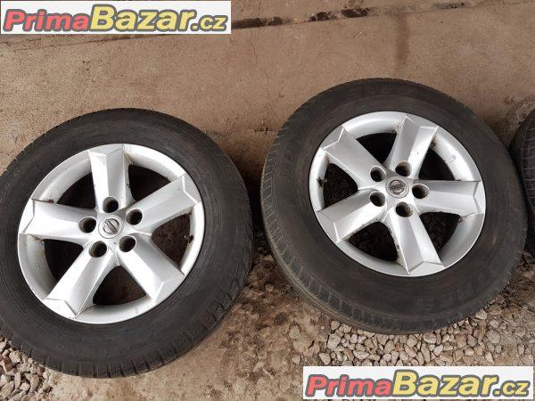 sada Nissan N3160140 5x114.3 6.5jx16 et40 pneu Dunlop 215/65 r16