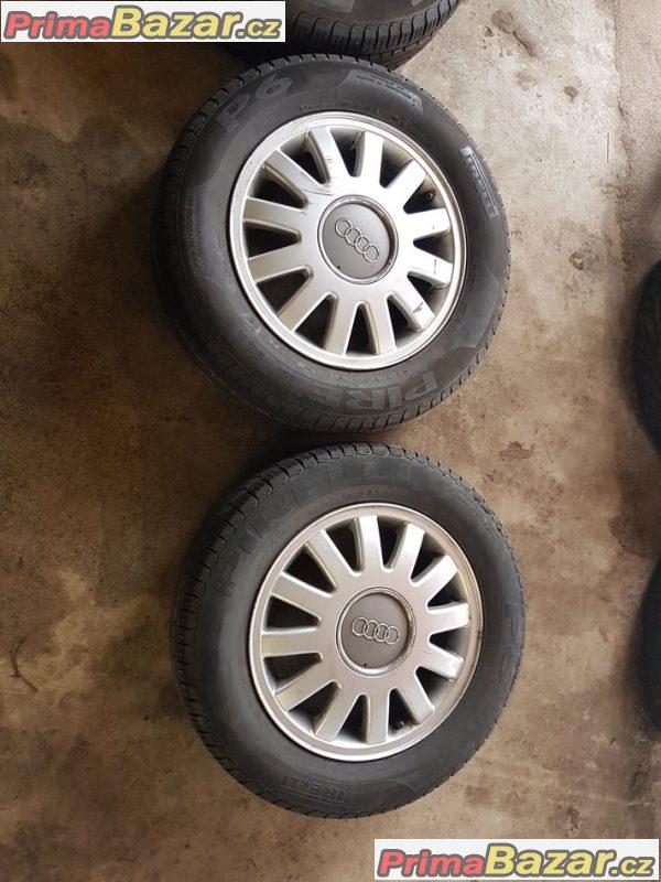 sada alu kola Audi s pneu letni 8L0601025 5x100 6jx15 et38