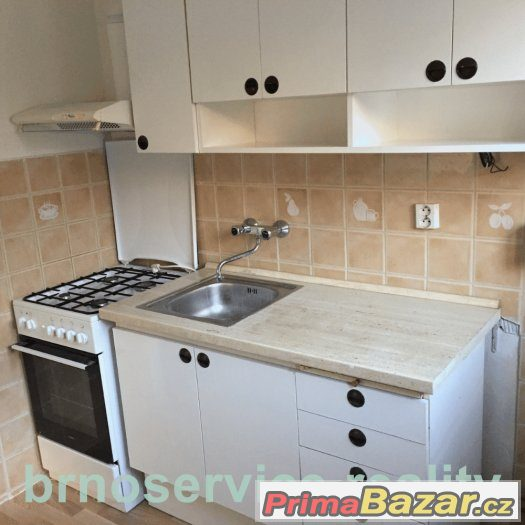 pronajem-bytu-2-1-2-bedroom-flat-to-rent-44-m2-brno-center