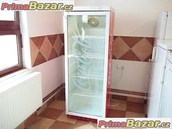 Prosklená lednice chladnice vitrína LIEBHERR UKS 3502