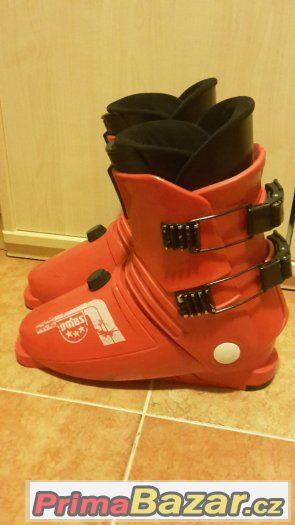 Lyžařské boty Botas, vnitřní stélka 27cm - levně