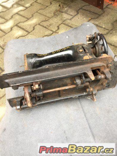 PRODÁM tyto velmi staré šicí stroje SINGER a GRITZNER