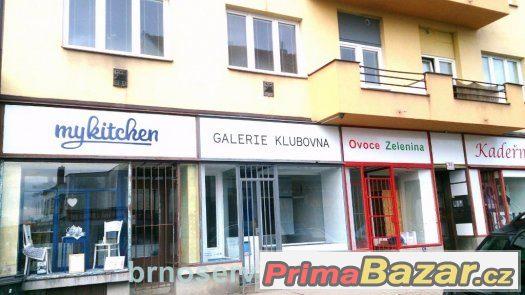 Pronájem obchodu s výlohou 33 m2, Brno-střed