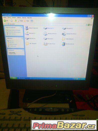 PC z LCD monitorem System win, XP 2xHDD RAM 256