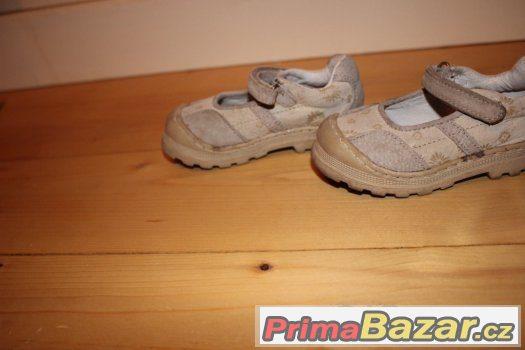 Dívčí botičky značky BubbleGummes (Bata) vel.22