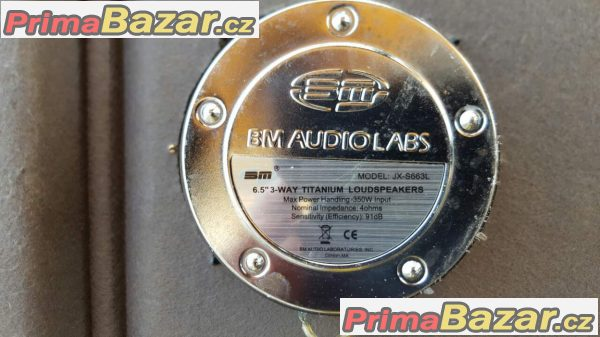 plato i s hudbou BMW 3 Compact 350 watt bm audio labs