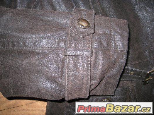 Kožený dámský kabátek