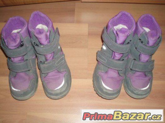 fialové zimní Superfit 26 a 27,dvojčata