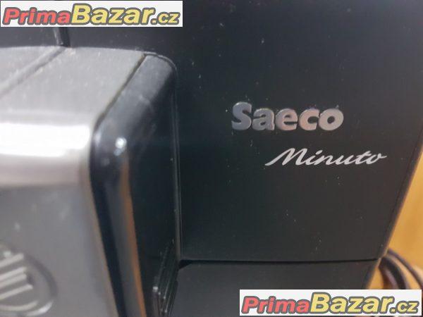 Kávovar Saeco Minuto espresso díky funkci auto