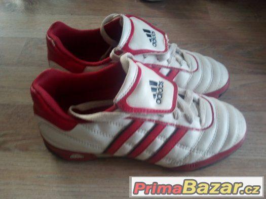 Prodám boty zn. Adidas velikost 33