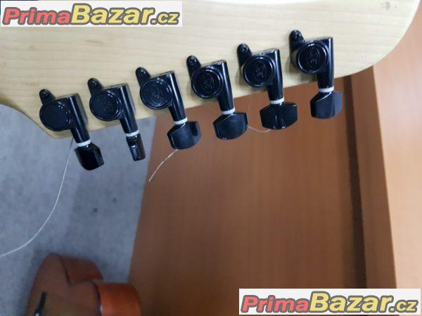 Elektrická kytara SX v super stavu pln