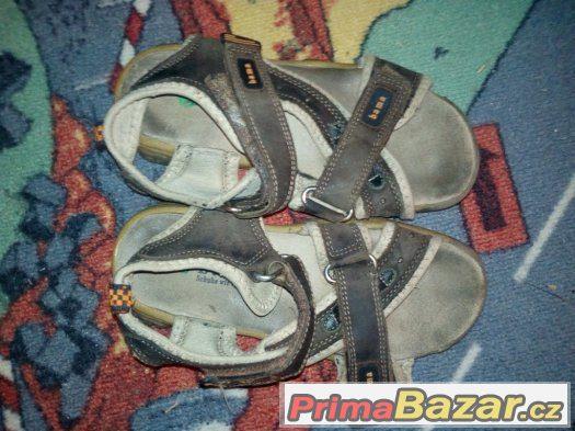 Prodám sandále Bama velikost 32