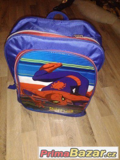 Prodám batoh s motivem Spidermanna