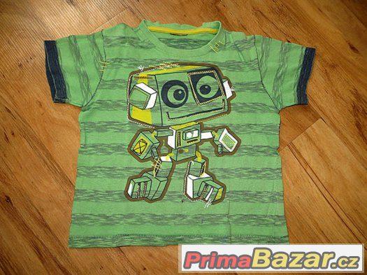 známé zelené tričko s robotem next 92-98?