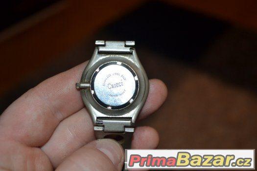 Náramkové hodinky Cueci 1ef549f0ed5