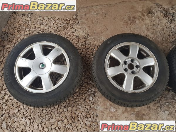 Sada alu kola Škoda pneu Michelin Alpin 6y0601025a 5x100 6j