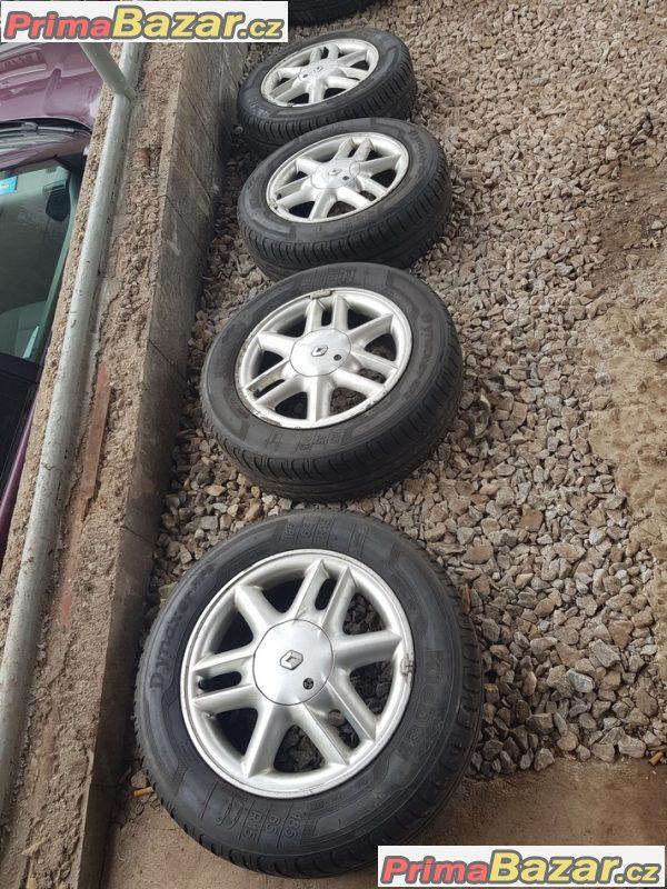 sada alu kola Renault scenic 7700438286 4x100 6jx15 et43