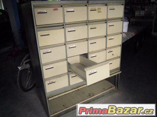 registrační zásuvková skříň.koupím