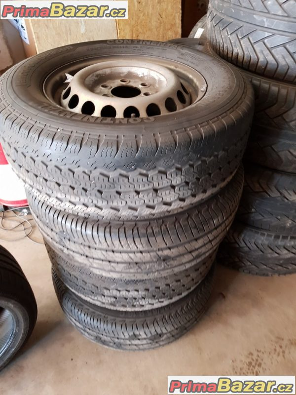 sada plechove disky s pneu Crafter Sprinter A0014014802 6.5jx16 et62