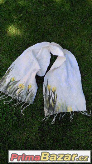 Plstěná šála