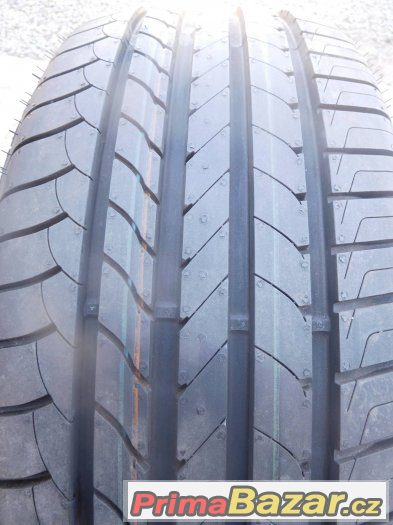 goodyear-efficientgrip-215-50-17-91v-4x-letni-pneu